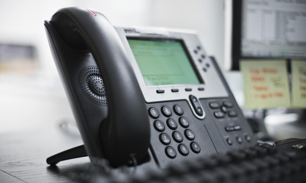 Как контакт связать с телефоном